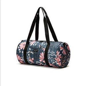 Floral JadynB Barrel Duffel Bag NWT